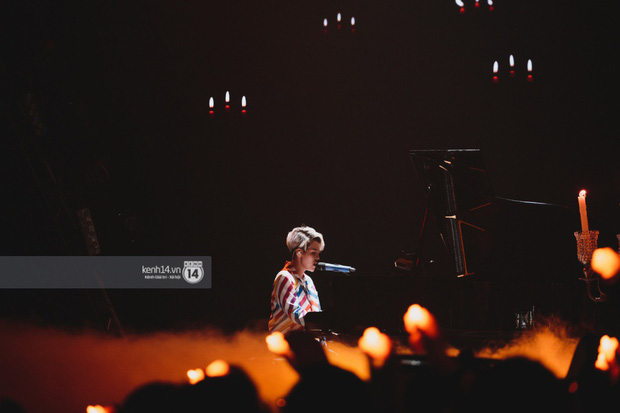 Fan nức lòng nhìn lại những khoảnh khắc tỏa sáng của ca sĩ Vpop trên sân khấu Việt-Hàn hot nhất năm qua - Ảnh 3.