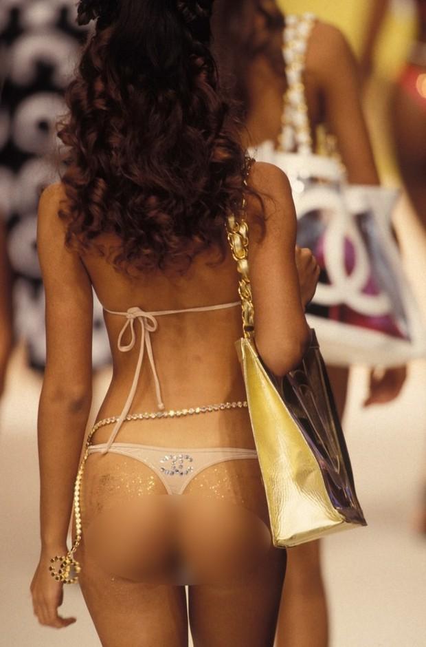Karl Lagerfeld: Những pha náo loạn chấn động nhà mốt Chanel, đến Coco có sống lại cũng phải sững sờ - Ảnh 3.