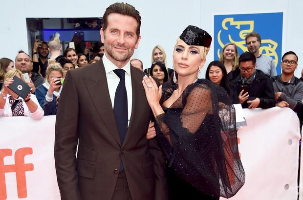 Lady Gaga tuyên bố hủy hôn với tình cũ, Bradley Cooper nhận gạch đá vì bị cho là người thứ 3 chen ngang - Ảnh 4.