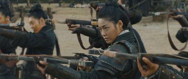 Tái xuất màn ảnh nhỏ sau 4 năm, Seolhyun vẫn tiếp tục hứng cơn mưa gạch từ netizen Hàn như mọi lần - Ảnh 9.