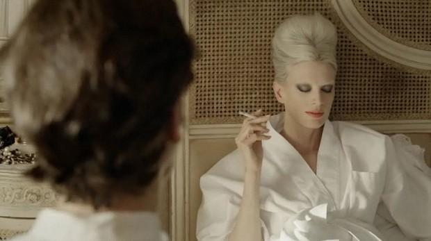 Không chỉ là nhà thiết kế thời trang huyền thoại, Karl Lagerfeld còn từng thử sức đạo diễn nhiều phim ngắn - Ảnh 14.