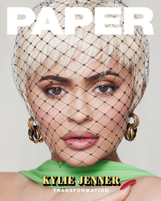 Tỷ phú 22 tuổi Kylie Jenner khoe body bốc lửa trên bìa tạp chí, tiết lộ phương pháp lột xác mà không cần dao kéo - Ảnh 1.