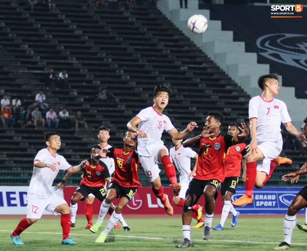Tuyển thủ U22 Việt Nam mất ngủ ngay sau khi ghi bàn giúp đội nhà thắng đậm đối thủ tại giải U22 Đông Nam Á - Ảnh 3.