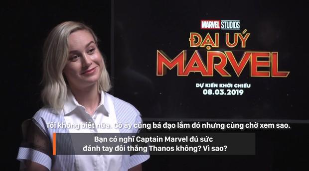Clip phỏng vấn ekip Captain Marvel: 1001 điều bí ẩn hay ho được chính Nick Fury và Carol Danvers tiết lộ - Ảnh 2.