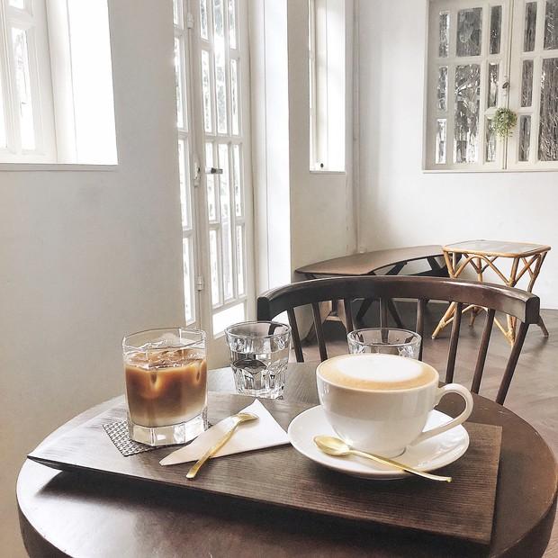 Sài Gòn: Check-in ở 4 quán cà phê này là ai cũng tưởng bạn đang đi Hàn Quốc! - Ảnh 8.