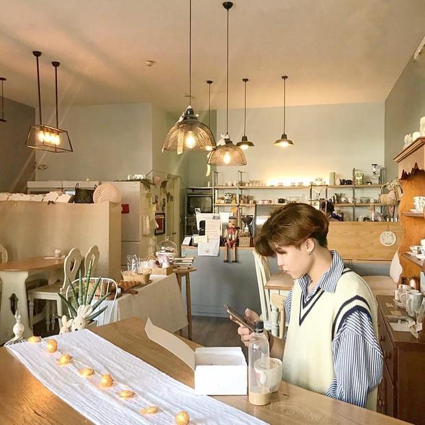 Sài Gòn: Check-in ở 4 quán cà phê này là ai cũng tưởng bạn đang đi Hàn Quốc! - Ảnh 16.