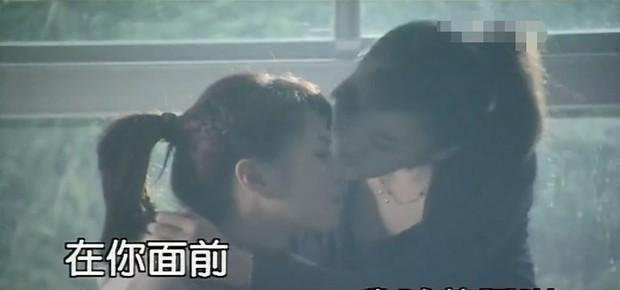 Trương Chấn: Nam tài tử bị gán danh Cỗ máy bẻ cong giới tính bạn gái của Cbiz và loạt mối tình trớ trêu - Ảnh 15.