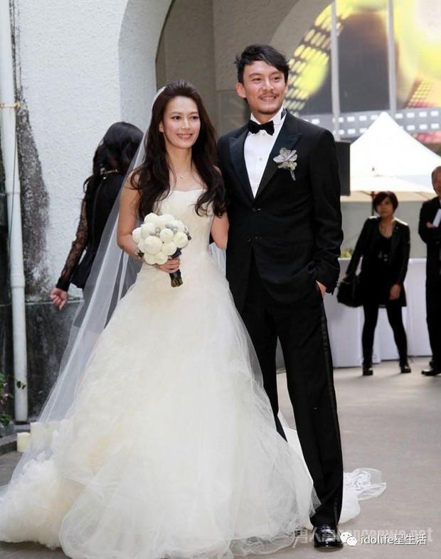 Trương Chấn: Nam tài tử bị gán danh Cỗ máy bẻ cong giới tính bạn gái của Cbiz và loạt mối tình trớ trêu - Ảnh 21.