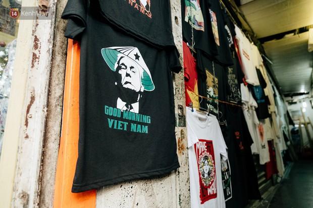 In áo phông hình 2 nhà lãnh đạo Donald Trump và Kim Jong-un, cửa hàng ở Hà Nội kiếm tiền triệu mỗi ngày - Ảnh 5.