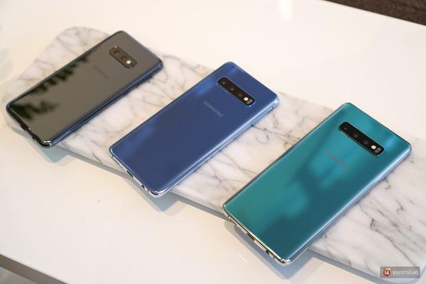 Trên tay Galaxy S10/S10+ giá từ 21 triệu: Như này không đẹp thì không biết thế nào mới được coi là đẹp - Ảnh 5.