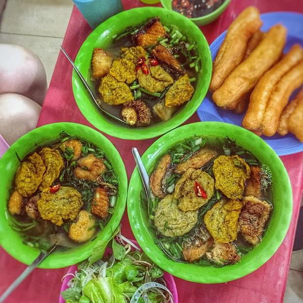 """Có để ý không: các hàng bún cá ngày càng """"bành trướng"""" ở Hà Nội và đây là những hàng được nhắc đến nhiều nhất - Ảnh 9."""
