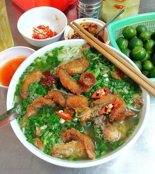 """Có để ý không: các hàng bún cá ngày càng """"bành trướng"""" ở Hà Nội và đây là những hàng được nhắc đến nhiều nhất - Ảnh 13."""