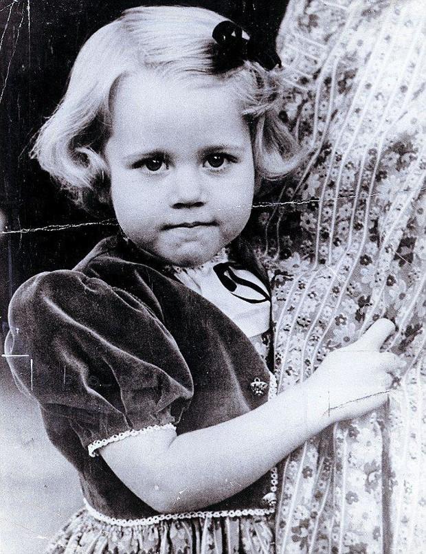 Jane Fonda - Nữ minh tinh huyền thoại ẵm 2 tượng vàng Oscar và cuộc đời lừng lẫy, tiêu diệt cả bệnh ung thư khiến thế giới phải kính nể - Ảnh 2.