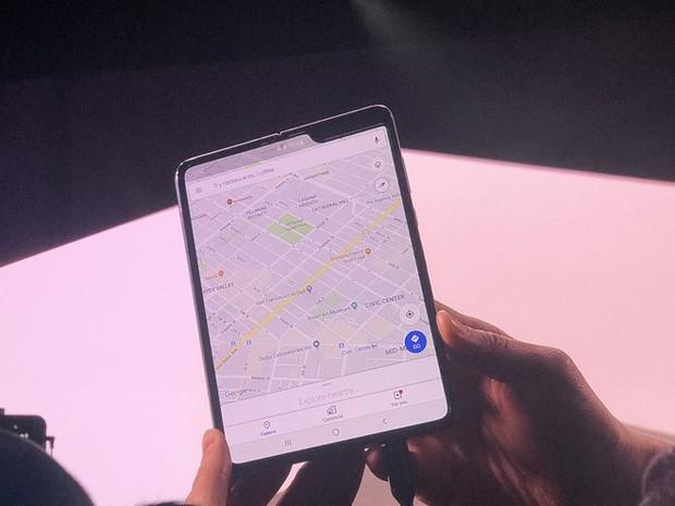 Vì sao Samsung vẫn chưa cho chúng ta xem tận mắt chiếc smartphone màn hình gập Galaxy Fold? - Ảnh 2.