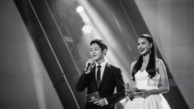 Chùm ảnh: T-ara, WINNER và quá nhiều sao Kpop đình đám cháy hết mình tại show diễn Hàn-Việt hot nhất năm 2018 - Ảnh 1.