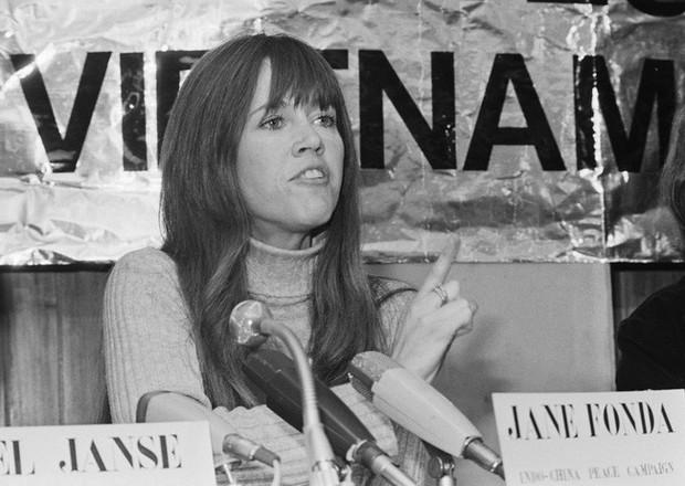 Jane Fonda - Nữ minh tinh huyền thoại ẵm 2 tượng vàng Oscar và cuộc đời lừng lẫy, tiêu diệt cả bệnh ung thư khiến thế giới phải kính nể - Ảnh 8.