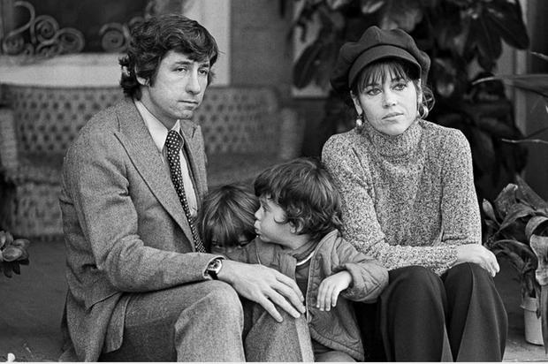 Jane Fonda - Nữ minh tinh huyền thoại ẵm 2 tượng vàng Oscar và cuộc đời lừng lẫy, tiêu diệt cả bệnh ung thư khiến thế giới phải kính nể - Ảnh 11.