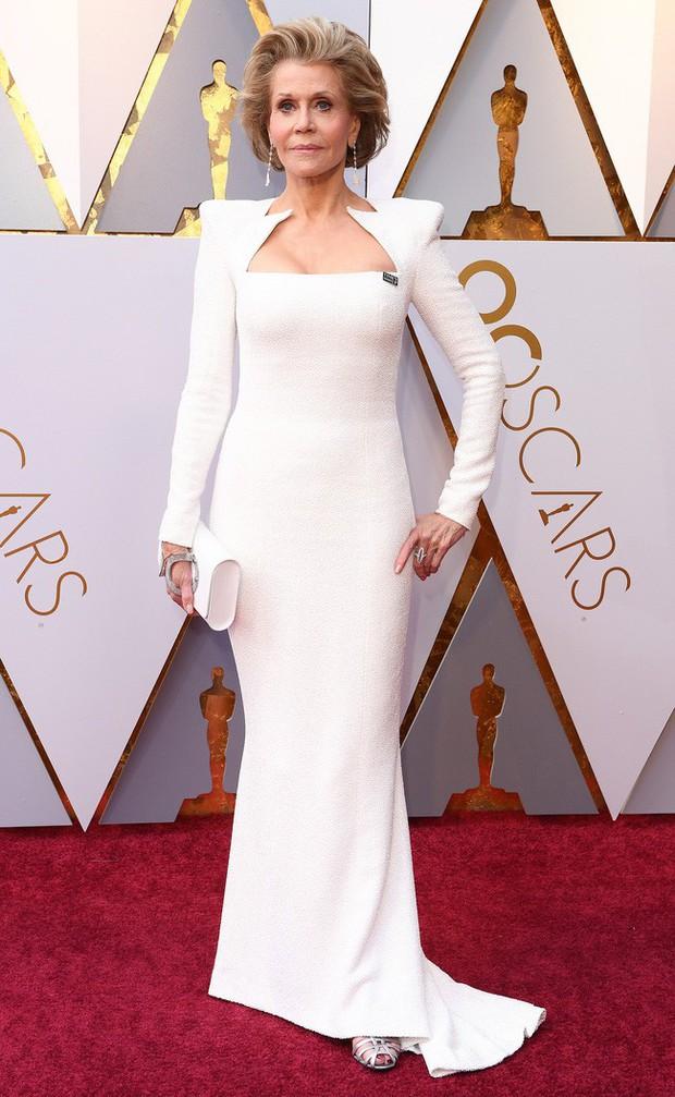 Jane Fonda - Nữ minh tinh huyền thoại ẵm 2 tượng vàng Oscar và cuộc đời lừng lẫy, tiêu diệt cả bệnh ung thư khiến thế giới phải kính nể - Ảnh 19.
