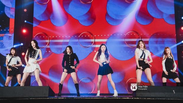 Chùm ảnh: T-ara, WINNER và quá nhiều sao Kpop đình đám cháy hết mình tại show diễn Hàn-Việt hot nhất năm 2018 - Ảnh 29.