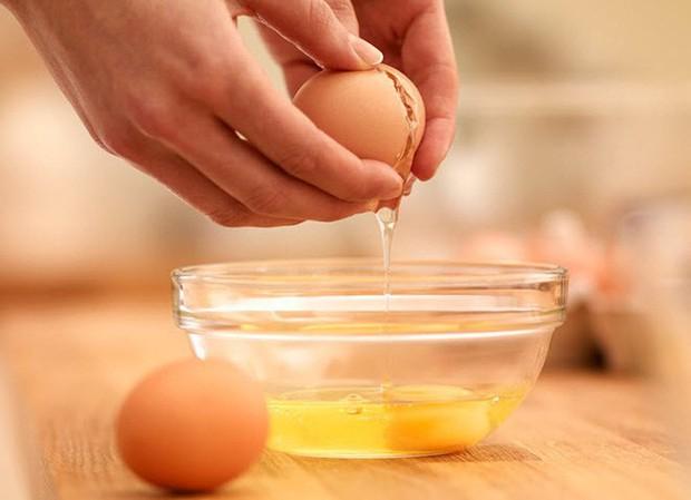 Trứng gà nếu làm theo những cách này thì không chỉ giúp bạn mạnh khỏe mà còn dưỡng nhan đẹp lên trông thấy - Ảnh 4.