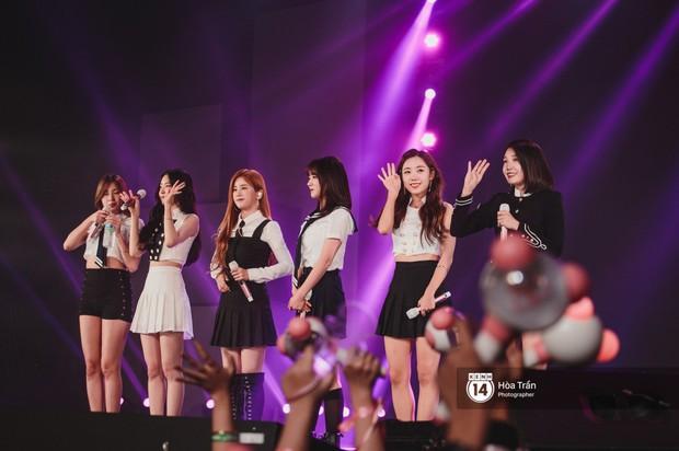 Chùm ảnh: T-ara, WINNER và quá nhiều sao Kpop đình đám cháy hết mình tại show diễn Hàn-Việt hot nhất năm 2018 - Ảnh 31.