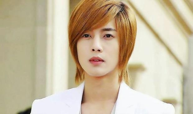 Netizen Hàn được phen dậy sóng khi Kim Hyun Joong cân nhắc vai diễn trai cong trá hình - Ảnh 1.