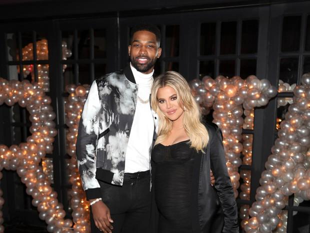Kylie Jenner lần đầu xuất hiện sau scandal anh rể ngoại tình với bạn thân và hành động của cô gây chú ý - Ảnh 3.