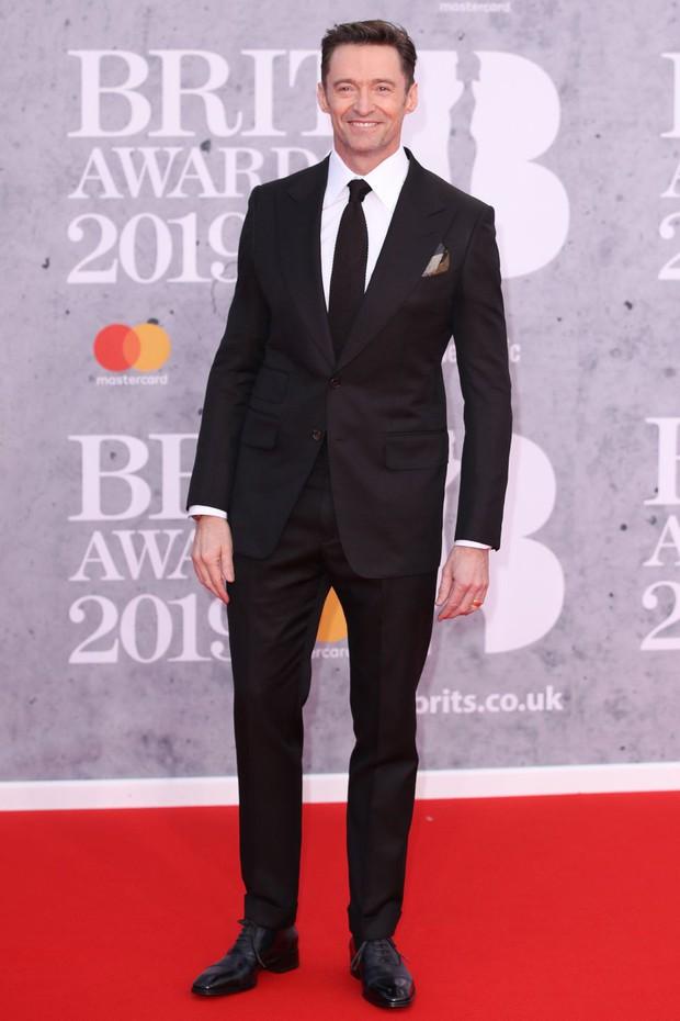 Thảm đỏ BRIT Awards 2019: Pink, Shawn Mendes dẫn đầu dàn sao, nhưng spotlight thuộc về loạt màn đọ sắc gây sốc - Ảnh 12.