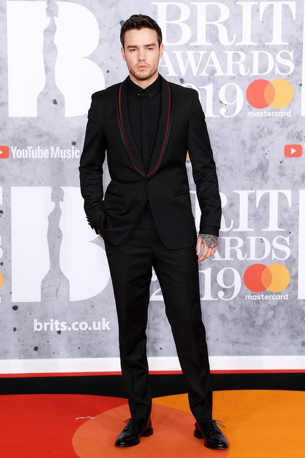Thảm đỏ BRIT Awards 2019: Pink, Shawn Mendes dẫn đầu dàn sao, nhưng spotlight thuộc về loạt màn đọ sắc gây sốc - Ảnh 7.