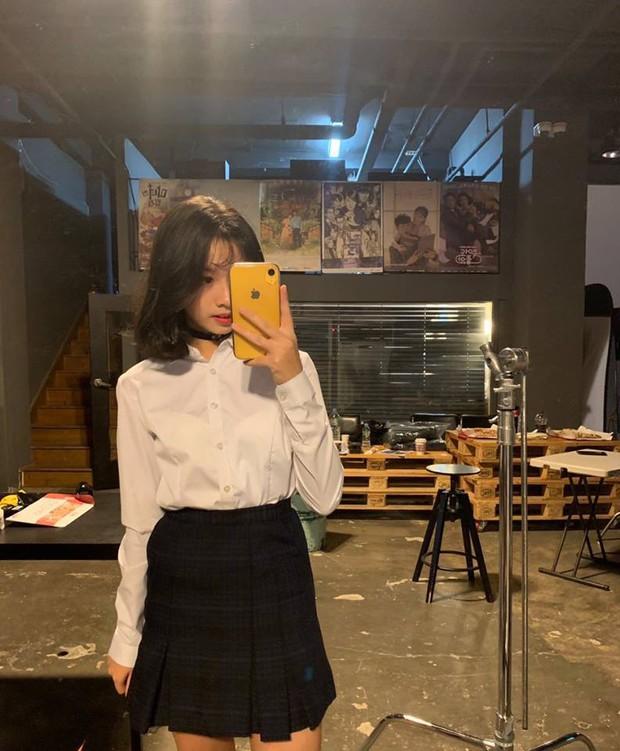 2 nhóm nhạc Kpop có thành viên người Việt: Sớm vướng scandal, nhan sắc liệu có đủ để đọ với nam thần, nữ thần Hàn? - Ảnh 15.