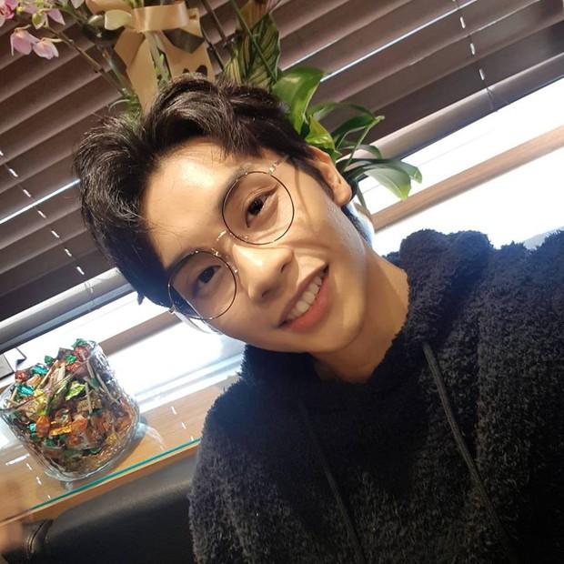 2 nhóm nhạc Kpop có thành viên người Việt: Sớm vướng scandal, nhan sắc liệu có đủ để đọ với nam thần, nữ thần Hàn? - Ảnh 38.