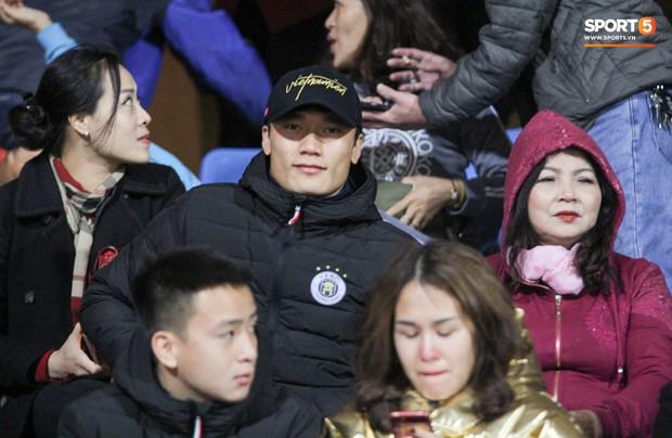 HLV trưởng Hà Nội FC: Thủ môn Bùi Tiến Dũng sẽ bình phục chấn thương trước vòng 2 V.League 2019 - Ảnh 1.