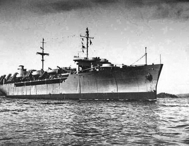 Những con tàu ma, nghĩa địa nổi và kho báu: Hàng loạt điều bí ẩn vây quanh eo biển nơi MH370 mất tích - Ảnh 1.
