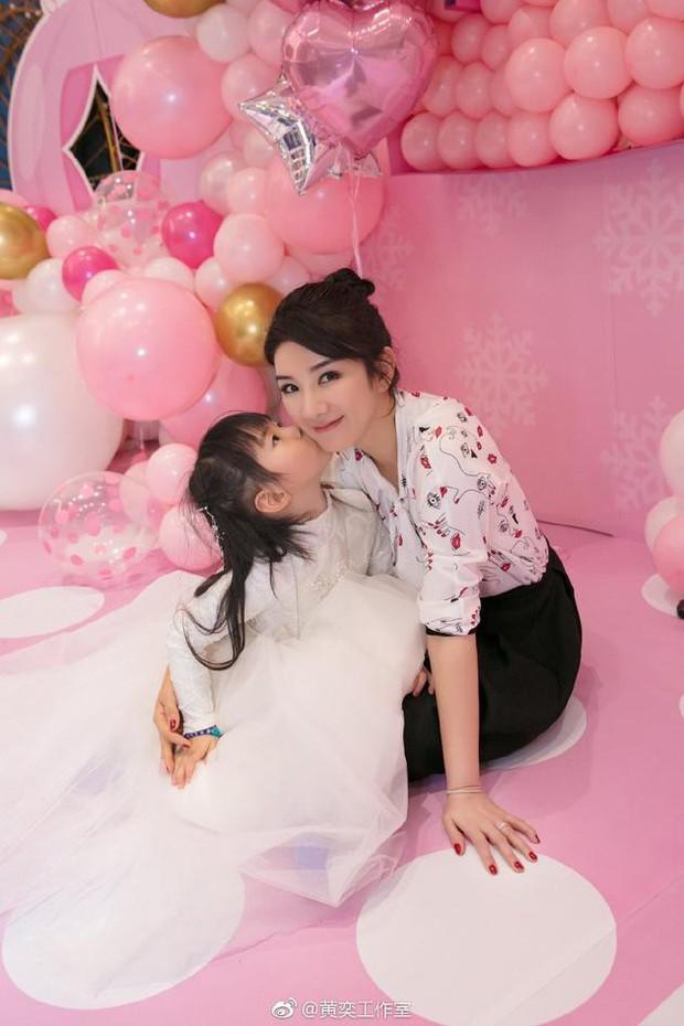 Tiểu Yến Tử Huỳnh Dịch bị chồng cũ tố ngược đãi con gái, để cô bé bị tình mới dâm ô - Ảnh 5.