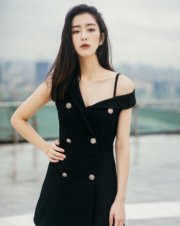 Nhan sắc cô dâu xinh đẹp, thần thái không kém gì Yoon Eun Hye trong bộ ảnh cưới cổ tích đang cực hot - Ảnh 4.