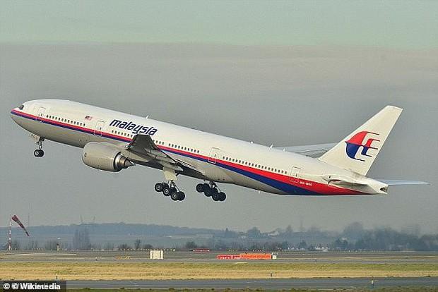 Những con tàu ma, nghĩa địa nổi và kho báu: Hàng loạt điều bí ẩn vây quanh eo biển nơi MH370 mất tích - Ảnh 4.