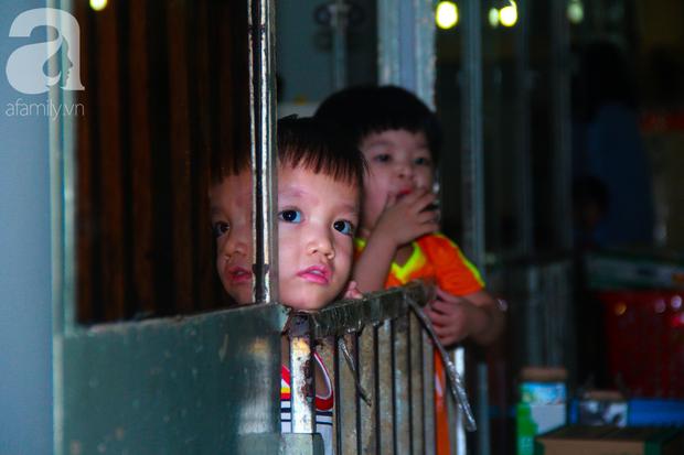 Ánh mắt cầu cứu của 232 đứa trẻ bị bố mẹ bỏ rơi, lớn lên từ vạt áo cà sa của người cha già nơi cửa Phật - Ảnh 18.