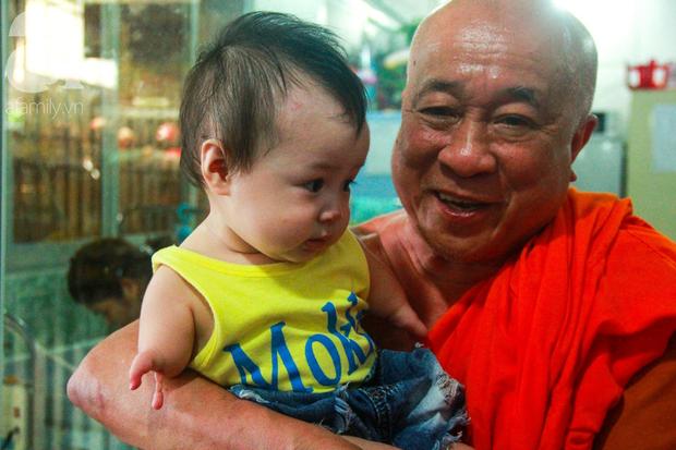 Ánh mắt cầu cứu của 232 đứa trẻ bị bố mẹ bỏ rơi, lớn lên từ vạt áo cà sa của người cha già nơi cửa Phật - Ảnh 5.