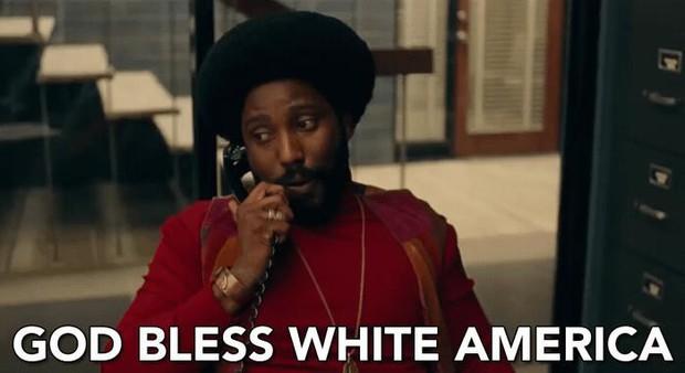 BlacKkKlansman - Hành trình bóc mẽ hội kín thờ da trắng - bài da đen nổi như cồn ở Mỹ - Ảnh 6.