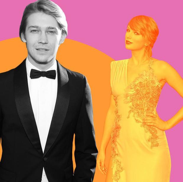 Để bồ đi thảm đỏ Oscar với trai, Taylor Swift ở nhà chẳng chịu thua kém: Ăn diện lồng lộn, ngồi cầu thang sống ảo - Ảnh 3.