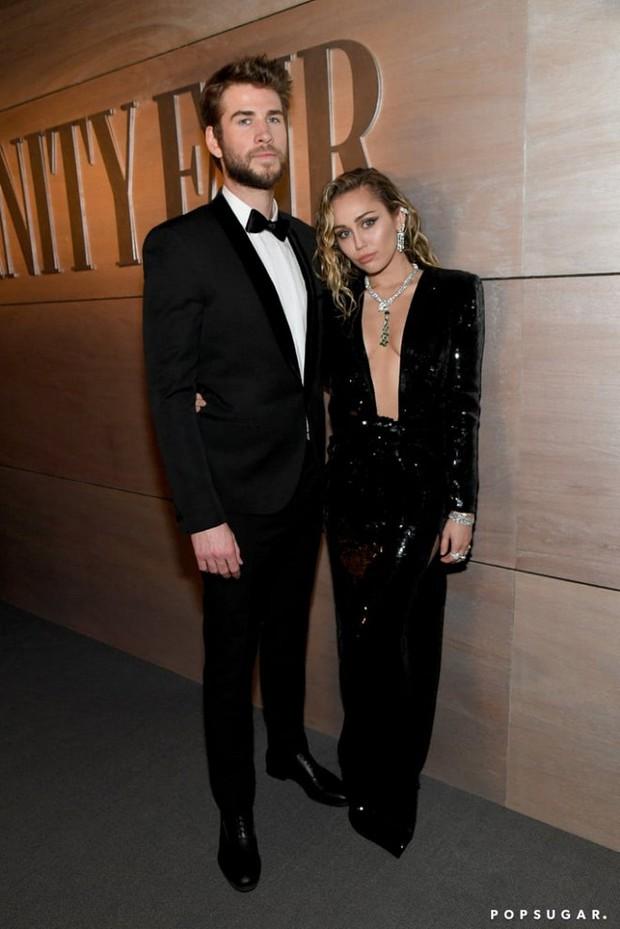 Tiệc hậu Oscar 2019: Trái với thảm đỏ nhạt nhẽo, loạt sao thi nhau thả rông, hở bạo, có thiết kế mặc mà như không - Ảnh 1.