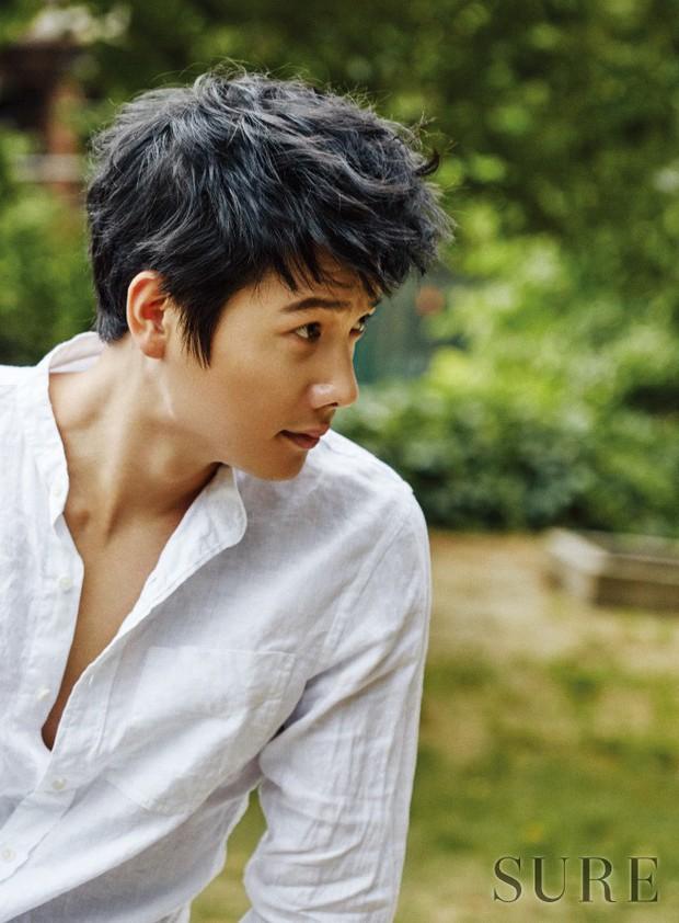 Dàn sao Touch Your Heart: Nữ chính bị quấy rối tình dục, khách mời lấn át cả Lee Dong Wook, sao nhí lột xác khó tin - Ảnh 11.