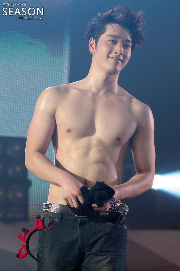 Dàn sao Touch Your Heart: Nữ chính bị quấy rối tình dục, khách mời lấn át cả Lee Dong Wook, sao nhí lột xác khó tin - Ảnh 39.