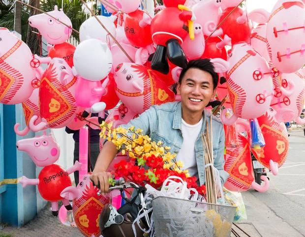 Khoai Lang Thang - Anh vlogger được lòng cư dân mạng vì nụ cười không phải nắng mà vẫn chói chang - Ảnh 1.