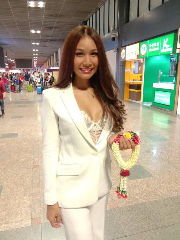 Cùng đổ bộ sân bay Thái, bất ngờ với nhan sắc đời thực của dàn thí sinh Hoa hậu Chuyển giới Quốc tế 2019 - Ảnh 14.