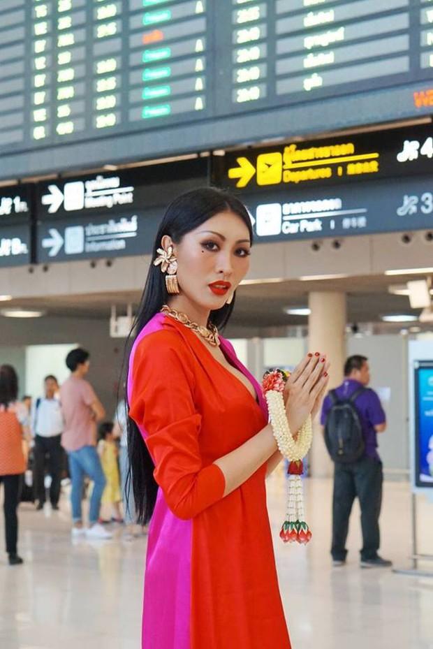 Cùng đổ bộ sân bay Thái, bất ngờ với nhan sắc đời thực của dàn thí sinh Hoa hậu Chuyển giới Quốc tế 2019 - Ảnh 8.