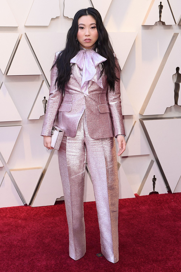 Thảm đỏ Oscar 2019: Lady Gaga bị tình tin đồn bỏ rơi, dàn Con nhà siêu giàu châu Á đọ sắc siêu anh hùng Marvel, DC - Ảnh 12.