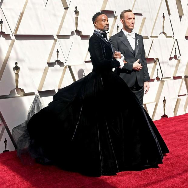 Những tinh hoa nổi nhất trên thảm đỏ Oscar 2019: Xem ra có công thức chung để lọt Top Best Dressed! - Ảnh 19.
