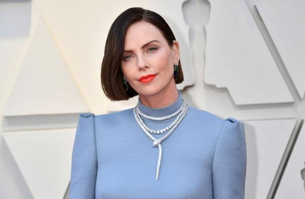 Những tinh hoa nổi nhất trên thảm đỏ Oscar 2019: Xem ra có công thức chung để lọt Top Best Dressed! - Ảnh 28.