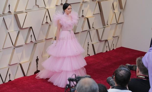 Những tinh hoa nổi nhất trên thảm đỏ Oscar 2019: Xem ra có công thức chung để lọt Top Best Dressed! - Ảnh 8.